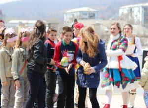 Находкинское отделение ВОД «Матери России» и клуб «Сердце матери» провели праздник «Светлое Христово Воскресенье»